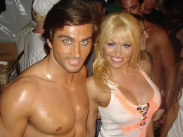 Pamela Anderson and Roberto Nelson-miami Fashion week