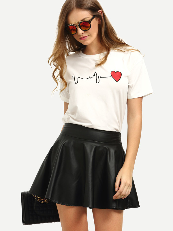 SHEIN Short Sleeve Heart Print T-Shirt