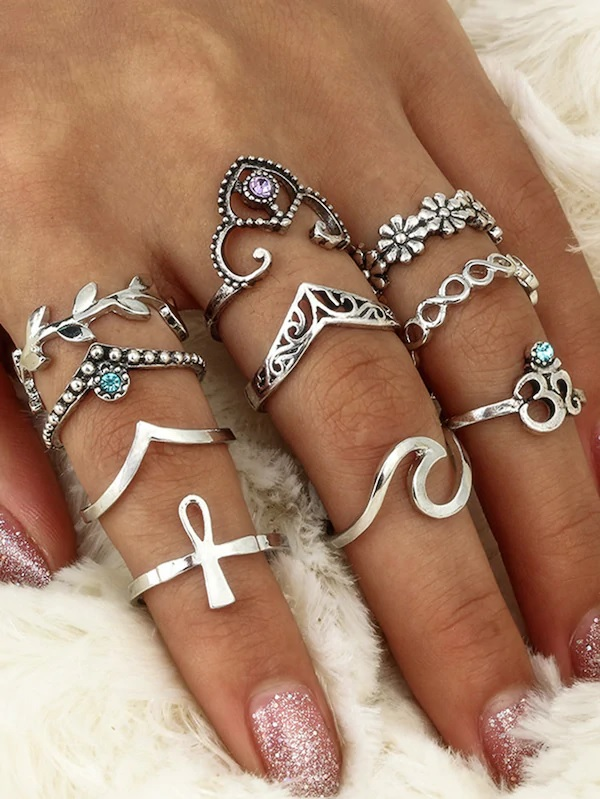 https://il.shein.com/Leaf-And-Flower-Rings-Set-10pcs-p-466052-cat-1759.html